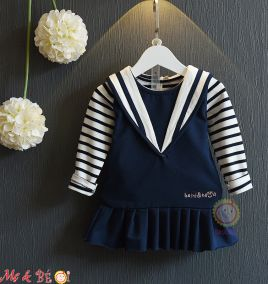 Đầm yếm áo tay dài cực xinh cho bé gái