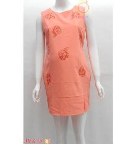 Đầm bầu suông sát nách in hình bướm màu hồng cam