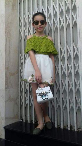 Set áo trễ vai váy trắng viền hoa thêu size nhỏ ( 1 - 3 )