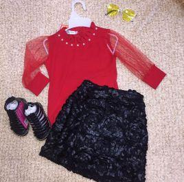 Set thiết kế áo áo đỏ váy đen hoa( lớn)