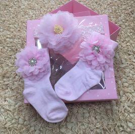 Set  hộp quà băng đô kèm vớ cho bé gái