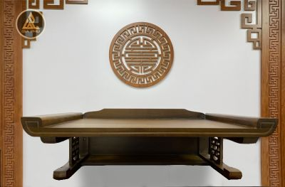 Ban thờ treo gỗ gõ chân chữ thọ màu óc chó 89x61