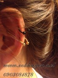 xỏ khuyên tai 2