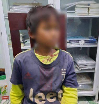 Bé trai 10 tuổi dùng súng bắn trọng thương 3 người thân