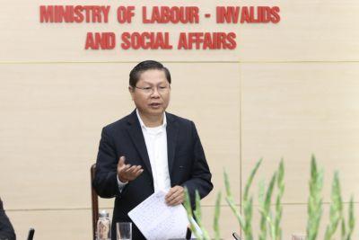 Thứ trưởng Lê Tấn Dũng: Xây dựng 2 kịch bản về công tác đưa lao động đi làm việc ở nước ngoài trong bối cảnh dịch bệnh