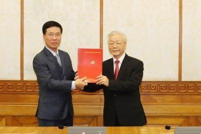 Bộ Chính trị tổ chức Lễ công bố quyết định phân công Ủy viên Bộ Chính trị