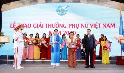 Chân dung những `nữ tướng` đầy bản lĩnh trên thương trường Việt Nam