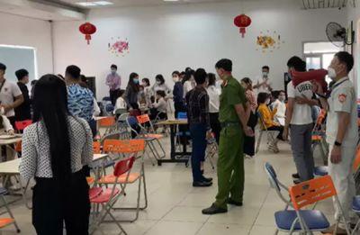 Đà Nẵng: Công ty kiểu đa cấp tụ tập cả trăm người, bất chấp dịch bệnh phức tạp