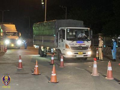 Lực lượng Cảnh sát giao thông không được chủ quan, lơ là trong phòng, chống dịch Covid-19