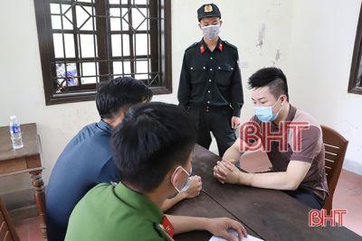 Hà Tĩnh: Bắt 3 đối tượng mua bán, tàng trữ 1kg ma túy đá, 2.000 viên ma túy tổng hợp
