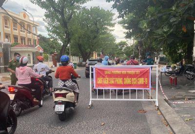 Cấp giấy đi đường sai quy định, một doanh nghiệp ở Đà Nẵng bị xử phạt