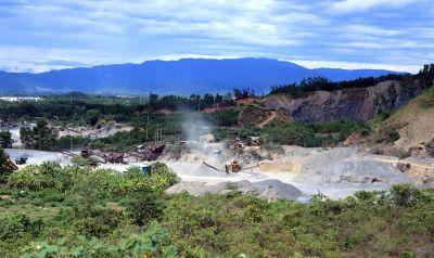 Đà Nẵng : Quản lý khai thác khoáng sản - Cấp phép chặt, quản lý lỏng?