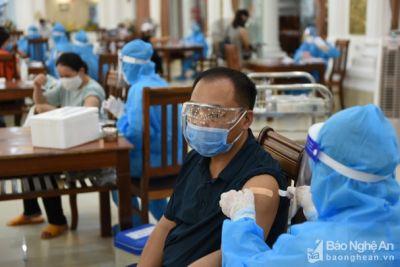 Sở Y tế Nghệ An không đồng ý đề xuất cho người ngoài vào TP. Vinh để tiêm vắc-xin