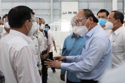 Chủ tịch nước: Khen thưởng những tấm gương hy sinh quên mình phòng chống dịch