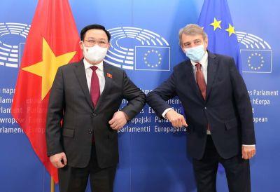 Chủ tịch Quốc hội Vương Đình Huệ dự Tọa đàm doanh nghiệp Việt Nam - Bỉ