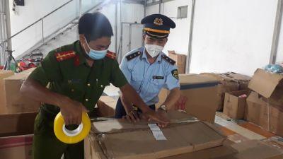 Phát hiện kho hàng đồ chơi lớn nhất từ trước đến nay tại Nam Định