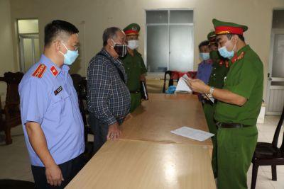 Khởi tố bị can và bắt tạm giam Giám đốc Công ty TNHH TM Minh Khang và Trưởng ban quản lí dự án Khu đô thị Minh Khang