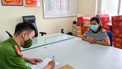 Khởi tố đối tượng làm giấy đi đường đưa 9 người từ vùng dịch Hà Nội về tỉnh Nghệ An