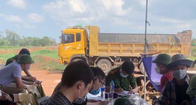 Bắt quả tang vụ khai thác khoáng sản không đúng khung thời gian quy định
