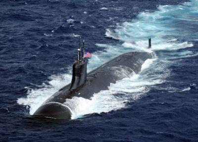 Tàu ngầm hạt nhân Mỹ va phải vật thể lạ ở Biển Đông, 11 thủy thủ bị thương