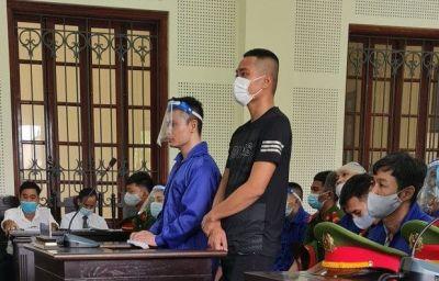 """Xử vụ đánh ghen thuê bằng...""""bom xăng"""" ở Nghệ An"""