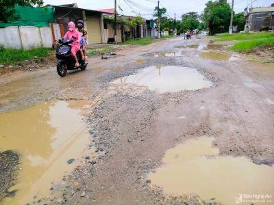 Những tuyến đường 'đau khổ' ở TP Vinh sau mưa lớn