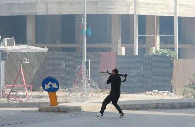 Đấu súng đẫm máu tại Lebanon: Quân đội 'dẹp loạn'; Thủ tướng xin lỗi; Nga, Mỹ và quốc tế lên tiếng khẩn cấp