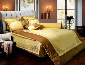 Phòng ngủ với gam màu cổ điển