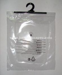 Túi nhựa PVC có móc 29