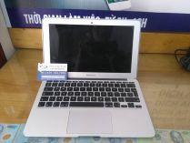 MacBook Air MD711