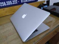 Apple MacBook Air MC966