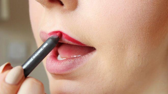 Hướng dẫn cách vẽ viền cho các kiểu môi khác nhau