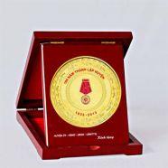 Đế gỗ, Kỷ niệm chương KNC 04