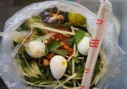 12 món ăn vặt vỉa hè ngon không thể bỏ qua ở Sài Gòn