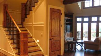 Mẫu cửa gỗ đẹp cho biệt thự