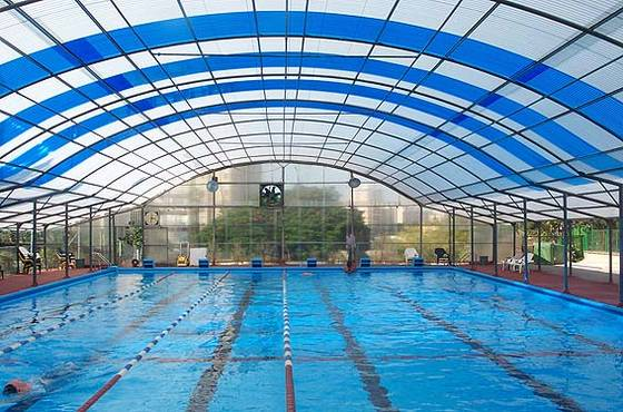 tấm polycarbonate trong suốt rỗng ruột