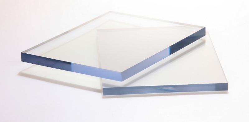 Tấm lợp polycarbonate clear đặc ruột (trong suốt)