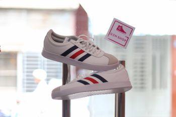 7f01a0d5e834c5 Adidas Unisex New VL Court 2.0 (DA9884)
