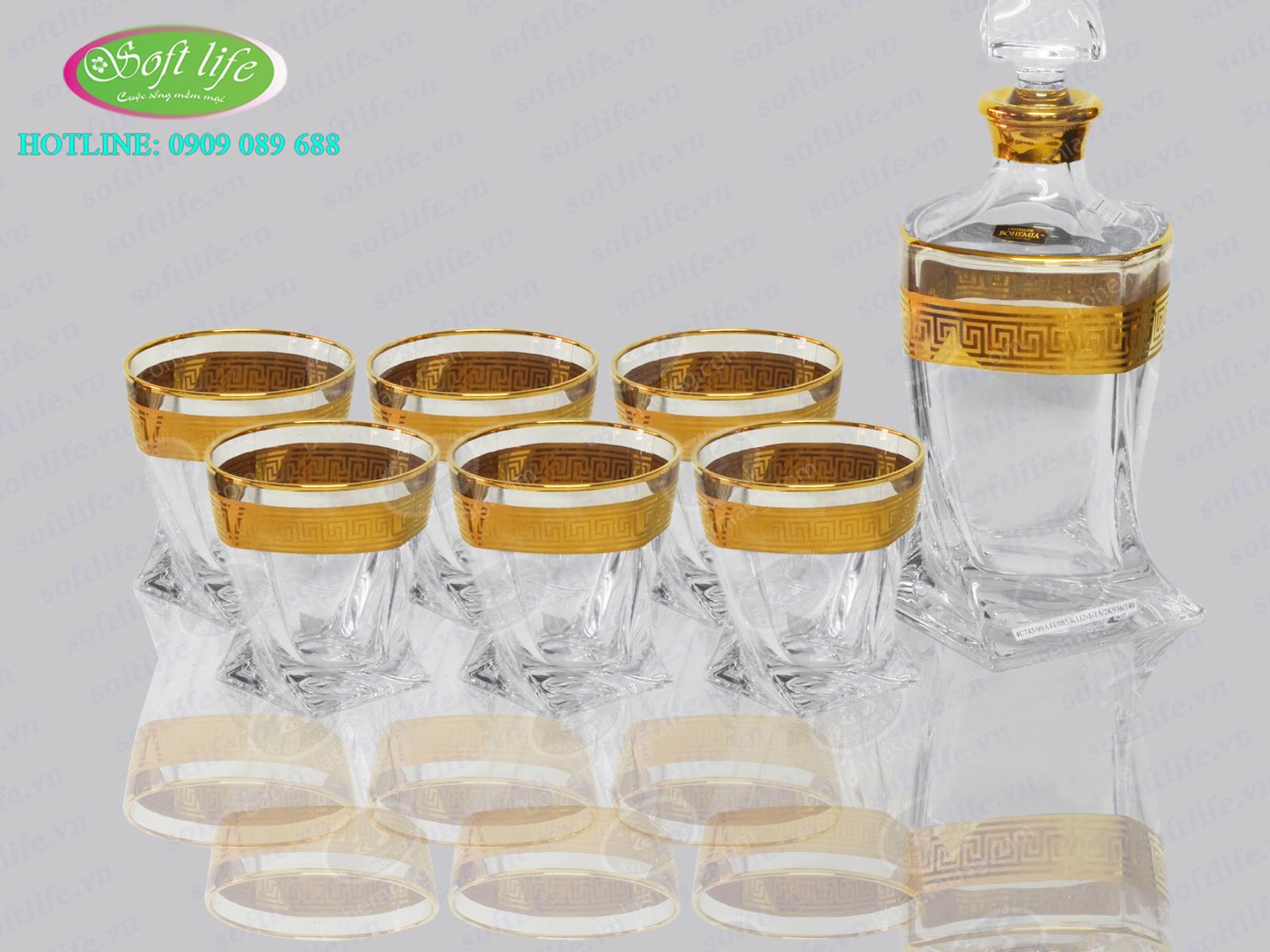 Bộ bình rượu mạ vàng đắp nổi S02
