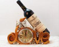 Kệ rượu chữ love