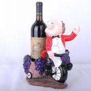 Kệ rượu đầu bếp đạp xe ( áo đen hoặc áo đỏ)