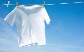 """6 """"chiêu"""" để quần áo trắng luôn trắng tinh như mới"""