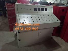 Bàn điều khiển nhà máy 1200x1200x600