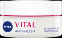 Kem dưỡng da ban ngày Nivea Vital của Đức
