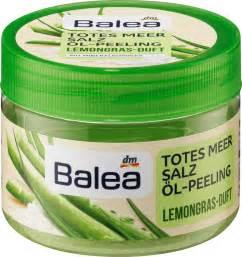 Muối tắm tẩy da chết body Balea của Đức