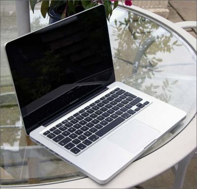 Macbook pro 2011 (MC700) CPU I5/ram 4G/ HDD 500GB/ 13 inch