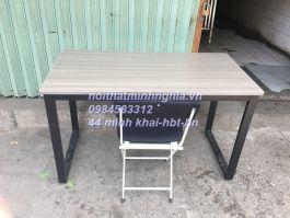 bàn làm việc chân sắt CU1406 mặt gỗ công nghiệp