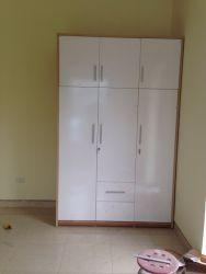 tủ áo gỗ công nghiệp pha trắng 160x240cm