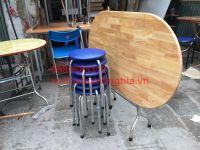 bàn ăn chân inox mặt gỗ cao su 140x80x73