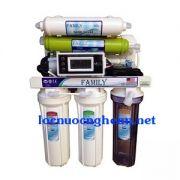 Máy lọc Family hiện thị độ sạch của nước sau khi lọc
